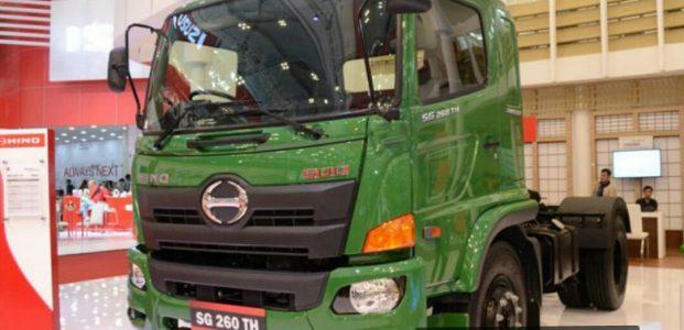 Keunggulan Hino Tractor head terbaru